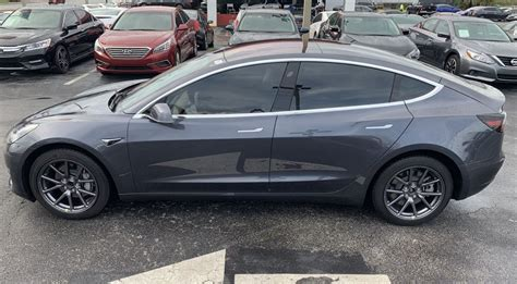 View Tesla 3 Mid Range Price Images