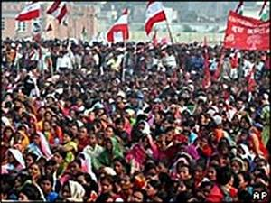 BBC NEWS | South Asia | Huge anti-king protest in Nepal