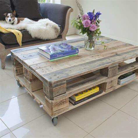 Tisch Aus Holzpaletten by Tisch Aus Paletten 33 Wunderbare Ideen Archzine Net