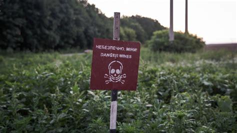 story   ukrainian teenagers escape  war