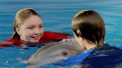 dolphin tale  richard crouse