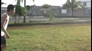 Como patear el balon con efecto - YouTube