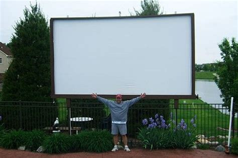 diyer builds   drive  theater brings