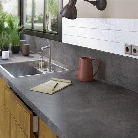 jonction plan de travail cuisine plan de travail de cuisine stratifié bois inox
