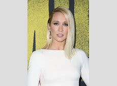 """Anna Camp – """"Pitch Perfect 3"""" Premiere in Los Angeles"""