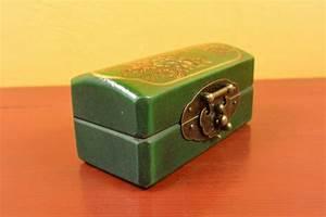 Petite Boite En Bois : tr s petite boite chinoise en bois verte ~ Teatrodelosmanantiales.com Idées de Décoration