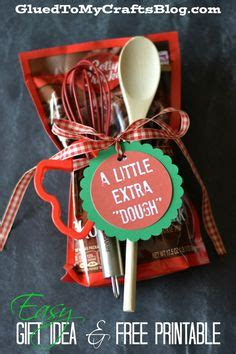 gifts to employees quotes christmas 1000 ideas about employee gifts on gifts for employees gifts for coworkers and gifts