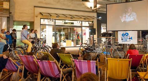 römer kindersitz fahrrad cycle cinema in neunkirchen radeln f 252 r den projektor
