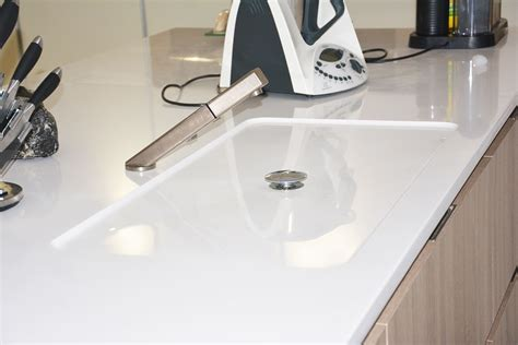 plan de travail cuisine quartz blanc plan de travail et crédences pour cuisines à pierrelatte