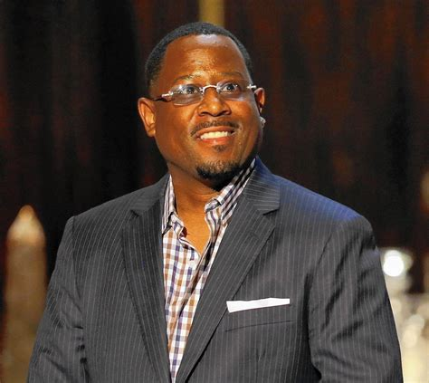 Review: Martin Lawrence struts, talks raunch at Chicago ...