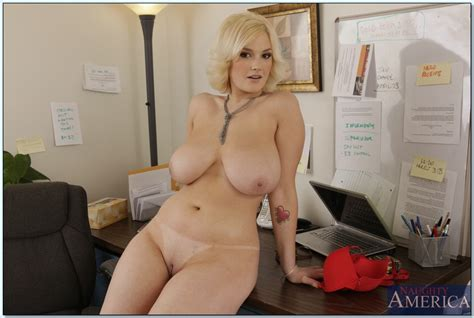 Siri In The Office Huge Boobs Hardcore Pictures