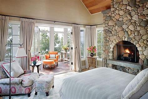rooms  love lake house bedroom  distinctive cottage