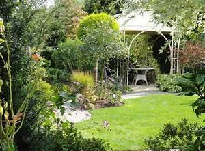 Gartengestaltung Kleine Gärten Bilder : gartengestaltung kleiner garten sichtschutz das beste ~ Lizthompson.info Haus und Dekorationen