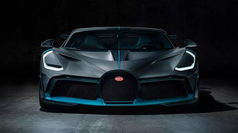 The divo is the most agile and dynamic car bugatti has ever created! Bugatti Chiron Digitally Turned Into An Off-Road SUV - autoevolution