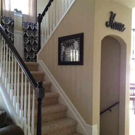 Painting Banisters by Best 25 Painted Banister Ideas On Staircase