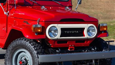 toyota fj  land cruiser pickup   eddie