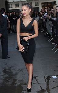 Fashion Girl Essencial: Crop Top Preto | Ariana grande ...