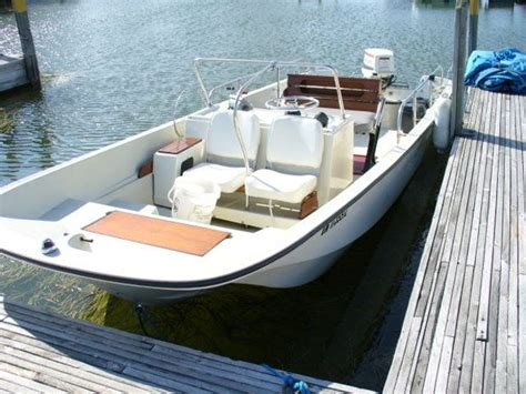 How Much Are Boston Whaler Boats by Whalercentral Boston Whaler Boat Information And Photos