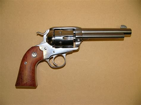 sturm ruger bisley vaquero revolver 6 5 8 inch barrel chambered in 357 magnum western arms