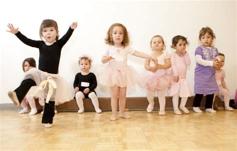 tiny tots intro to presented by cafe o play the 526 | primary Tiny Tots Intro to Dance 1472157153