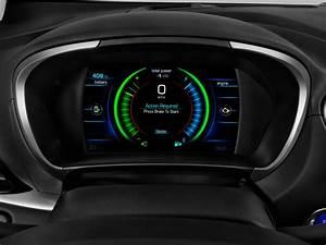 Image: 2017 Chevrolet Volt 5dr HB Premier Instrument
