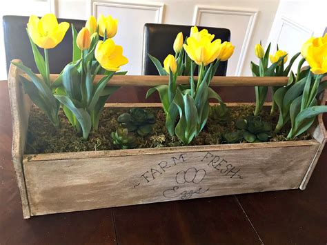 How Make Vintage Toolbox Easter Spring Centerpiece