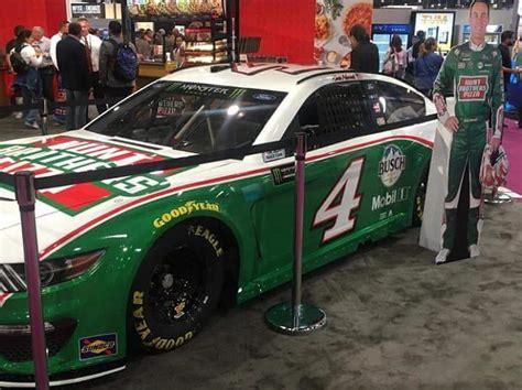 hunt brothers pizza sponsor harvicks cup car speed sport