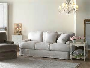 shabby chic sofa who what inspires me country cottage