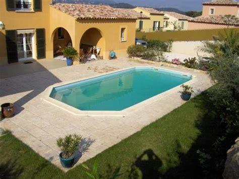 piscine terrassement amenagement exterieur