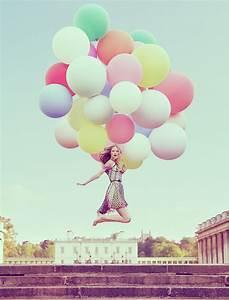 little black blog: Balloon mania