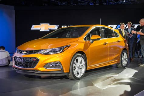 2017 Chevy Cruze Hatch Diesel May Not Happen
