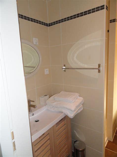 chambre d hote de charme collioure chambre d 39 hôte côté cour genis des fontaines