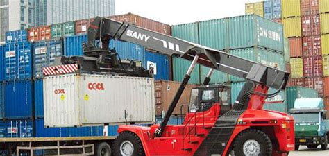 Container Lifting Methods And Devices