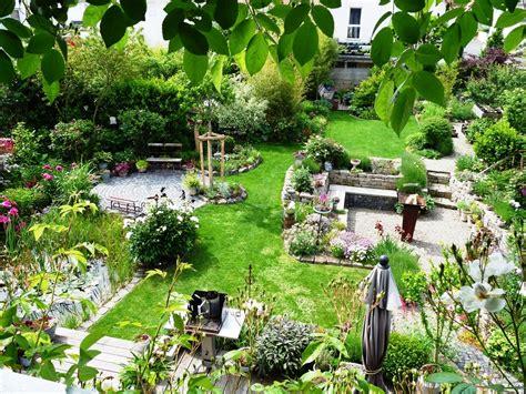 Der Garten Im März by Der Garten Gruenzeux