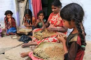 INDIA: Slave work conditions dire for girl-child beedi ...