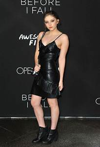 Willow Shields at 'Before I Fall' Premiere in Los Angeles ...