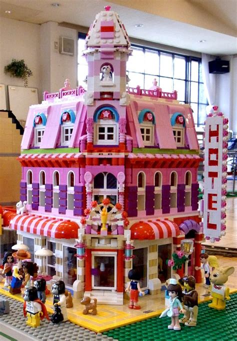 Lego Friends Lovely Hotel …