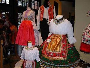 54 best images about Traditional Gypsy clothing on ...