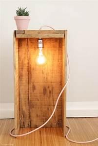 Lampen Aus Holz Selber Bauen : die besten 25 lampe selber bauen ideen auf pinterest diy stehlampe selber bauen lampe und ~ Frokenaadalensverden.com Haus und Dekorationen