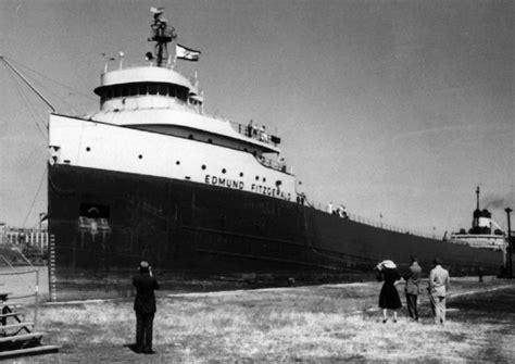 Edmund Fitzgerald Sinking Cause by Top Ten Ship Wrecks Realitypod