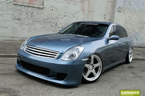 Infiniti Gseries G35 2010  Auto Images And Specification