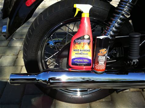 Removing Chain Lube from Exhaust Old Boys Toys