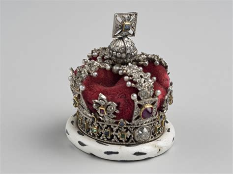 RCIN 230796 - Imperial State Crown