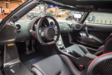 koenigsegg one interior white with red accents koenigsegg one 1 megacar interior