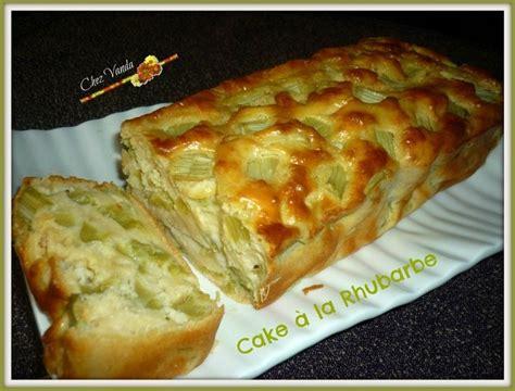desserts a la rhubarbe les 25 meilleures id 233 es concernant g 226 teau de montagne sur g 226 teaux de mariage nature