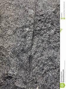 Schwarzer Granit Qm Preis : schwarzer granit vertikale stockfoto bild 60649575 ~ Markanthonyermac.com Haus und Dekorationen