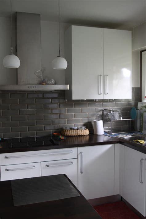 faience pour cuisine blanche faience de cuisine moderne kirafes