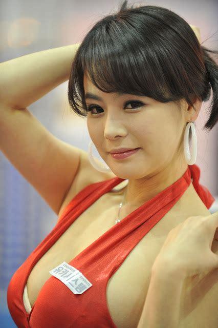 Majalah Korea Kumpulan Model Bikini Dan Spg Korea