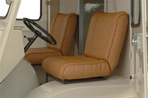 What You Should Know About Replacement Truck Seats