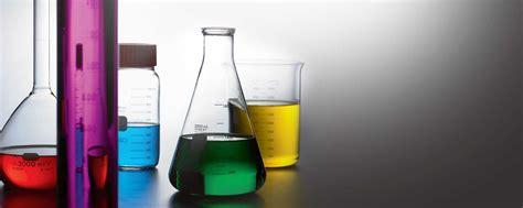 setting  chemistry laboratory